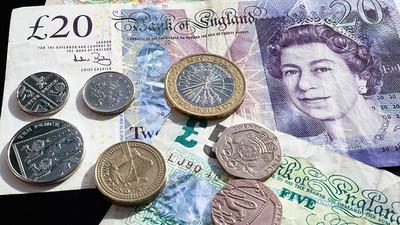 Los bancos británicos se desploman en Wall Street