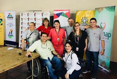 Benefician con entrega de sillas de ruedas a comunidades de Alto Paraná