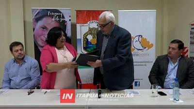 VISITA DE LA MINISTRA DE LA NIÑEZ Y ADOLESCENCIA A ITAPÚA.