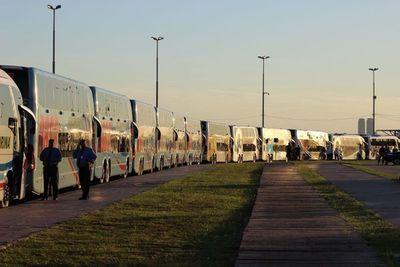 Presentan nuevas unidades de buses para viajes de larga distancia