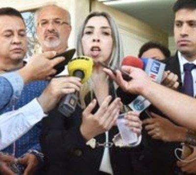 Ratifican prisión preventiva contra cuñada de diputado D'Ecclesiis