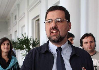 Cámara destraba caso del ex ministro Riart