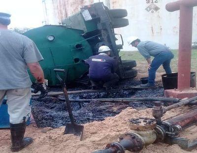 Derrame de combustible en planta de Petropar se mantuvo en silencio
