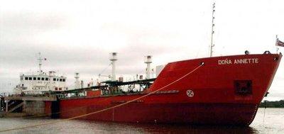 Buscan dar solución al buque paraguayo varado en aguas argentinas