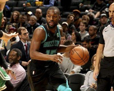 Walker, Embiid, Davis y Gasol se lucen en la NBA