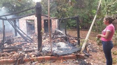 Atentado? Incendian vivienda de líder de indignados