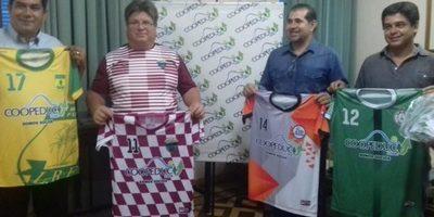 Coopeduc Entregó atuendos a selecciones que disputan el interligas