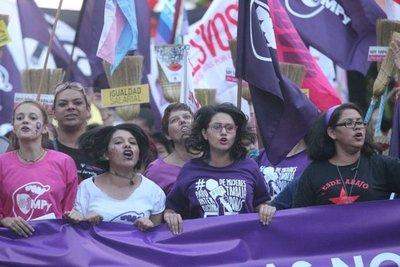 Mujeres marchan hoy pidiendo fin de la violencia – Prensa 5