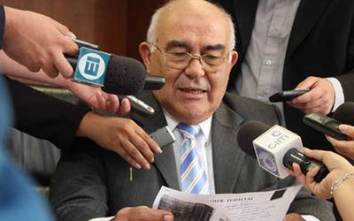 Exministro de la Corte pide que anulen su imputación