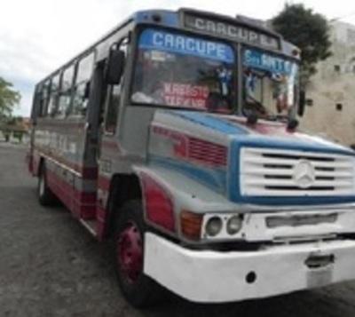 Niña de 5 años muere tras ser atropellada por bus en Caacupé