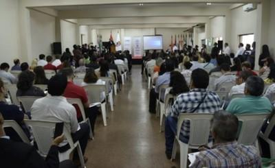Realizan seminario de acceso a la información pública