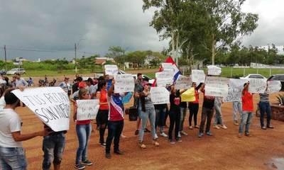 Universitarios se manifiestan por libertad de Mario Gastón