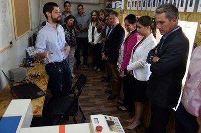 """Proyecto inicia a escolares en la """"fabricación digital"""""""
