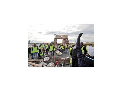 Protestas de los chalecos amarillos siguen en Francia