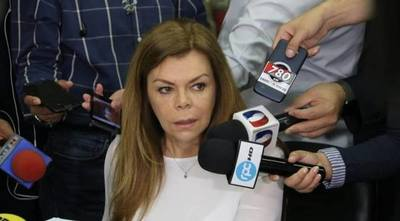 Mandan a comisión renuncia de Sandra de Zacarías