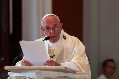 """Papa Francisco: """"La homosexualidad está de moda en la Iglesia"""""""