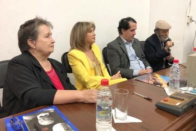 Presentan Año del Centenario de Cayo Sila Godoy