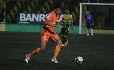 Orlando Moreira jugaría en Municipal