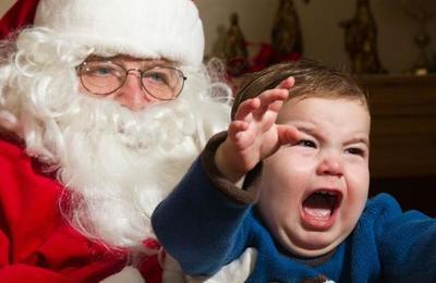 Despiden a profesora por revelar el secreto de Santa Claus a los alumnos más pequeños