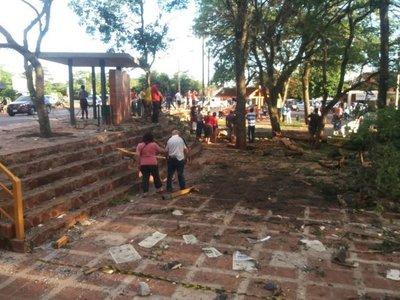 La reparación  de plaza atropellada por  ómnibus  costará  G. 50 millones