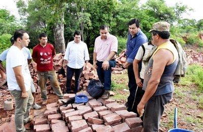 Cantereros de San Cristóbal reciben varias herramientas