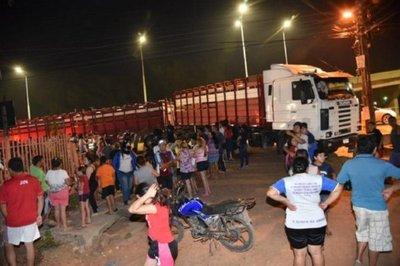 Motociclista murió tras chocar contra la carreta de un camión – Prensa 5