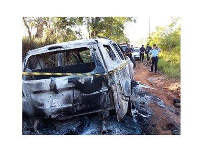 Queman camioneta que se habría usado para atentar contra sobrino de Pavão