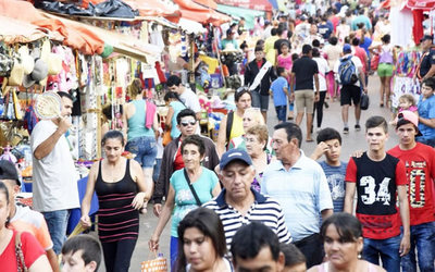 Controlarán que comerciantes no exageren en los precios en Caacupé