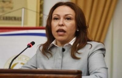 Denuncian por plagio a Elodia Almirón y CM suspende definición de terna para la Corte Suprema