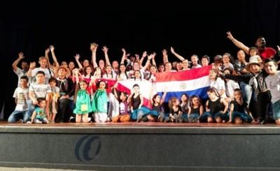 Bailarines mingueros conquistan 18 trofeos en Brasil