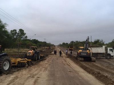 Alberdi recuperó conexión vía terrestre tras descenso del río