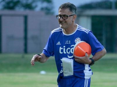 Juan Carlos Osorio destacó el nivel del campeonato paraguayo