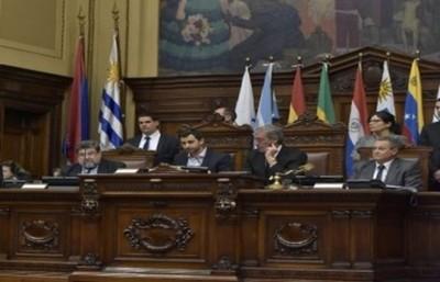 Declaran de interés del Mercosur obras de esclusas de navegación de Itaipú