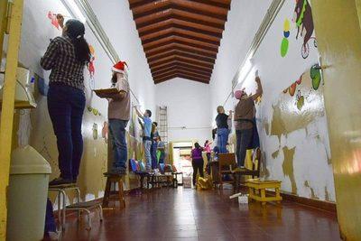 ARTISTAS COPARON EL HOSPITAL PEDIÁTRICO DE ENCARNACIÓN