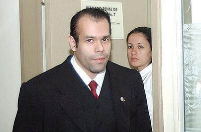 Corte decide no reponer a juez suspendido en el 2006