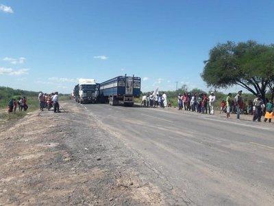 Indígenas levantan cierre de la ruta Transchaco bajo condiciones