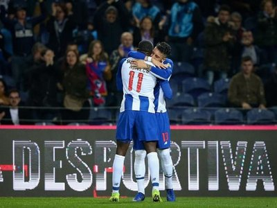 Porto llega a octavos invicto