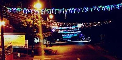 Vecinos hacen que se viva el espíritu de la navidad