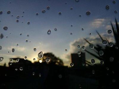 Miércoles, con intenso calor y lluvias dispersas