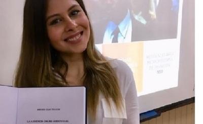 La Actriz Andrea Quattrocchi Obtuvo Su Título Universitario