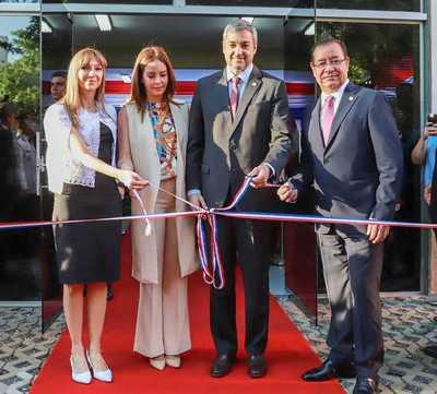 Gobierno apuesta a la generación de emprendimientos mediante un centro de entrenamiento
