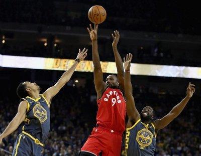 Raptors, sin Leonard, ganan a Warriors