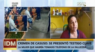 Se presenta mujer que se apoderó de celular de Casuso