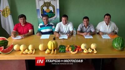 ESTE DOMINGO PRODUCTORES DE VACAY 26 PREPARAN LA FIESTA DEL MELÓN.