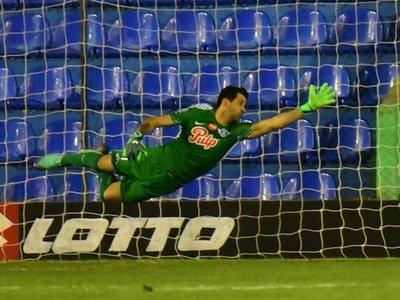 Rodrigo Muñoz está a una firma de Cerro Porteño