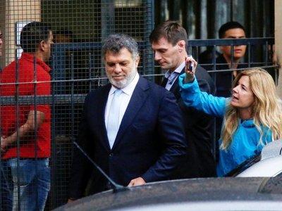 Los cuadernos de la corrupción sorprenden a la familia Macri