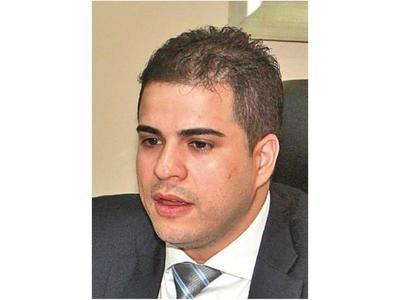 Piden revisión del fallo que benefició a Carlos Núñez