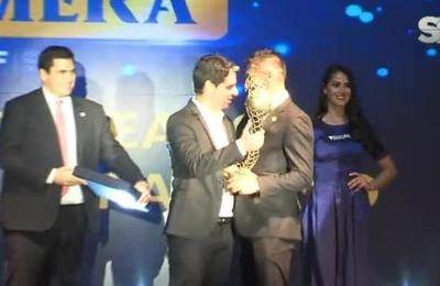 APF entrega premio a los mejores del año