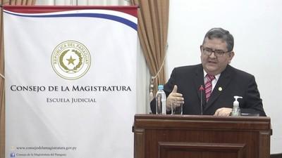 Marcos Köhn Gallardo renuncia a su candidatura a ministro de la Corte