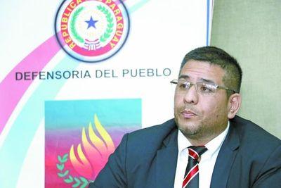 Defensor del pueblo denuncia detención de abogadas de indígenas